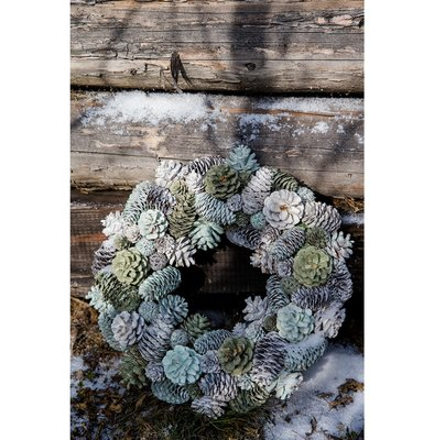Magical Moments Wreath 35cm
