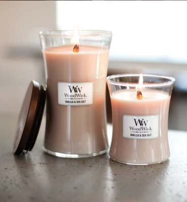 WoodWick Candle Medium Vanilla & Sea Salt