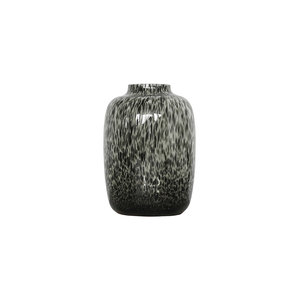 black chitaah vase small