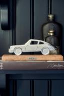 RM- Porsche Statue